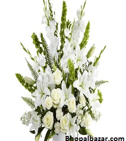 Elegant White Lily And Rose Bouquet